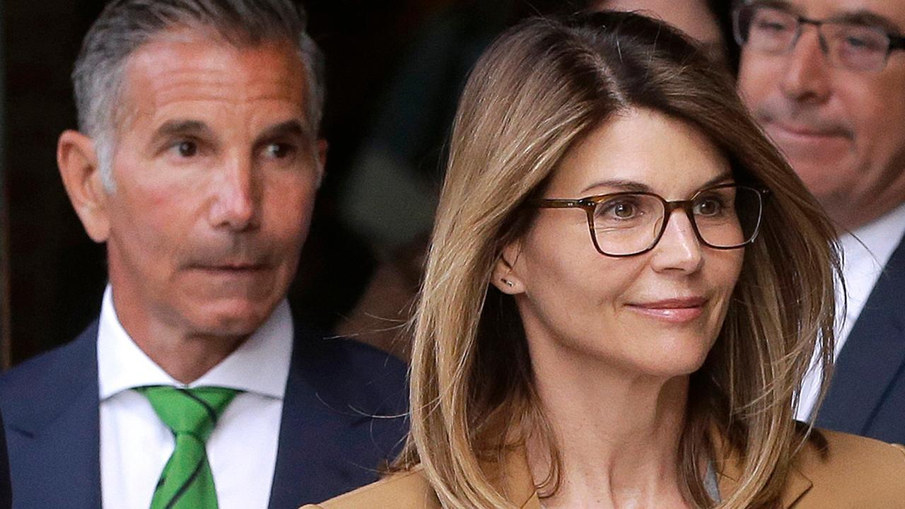 Attorney Jonna Spilbor discusses how actress Lori Loughlin and her husband Mossimo Giannulli pleaded not guilty in the college admissions case.
