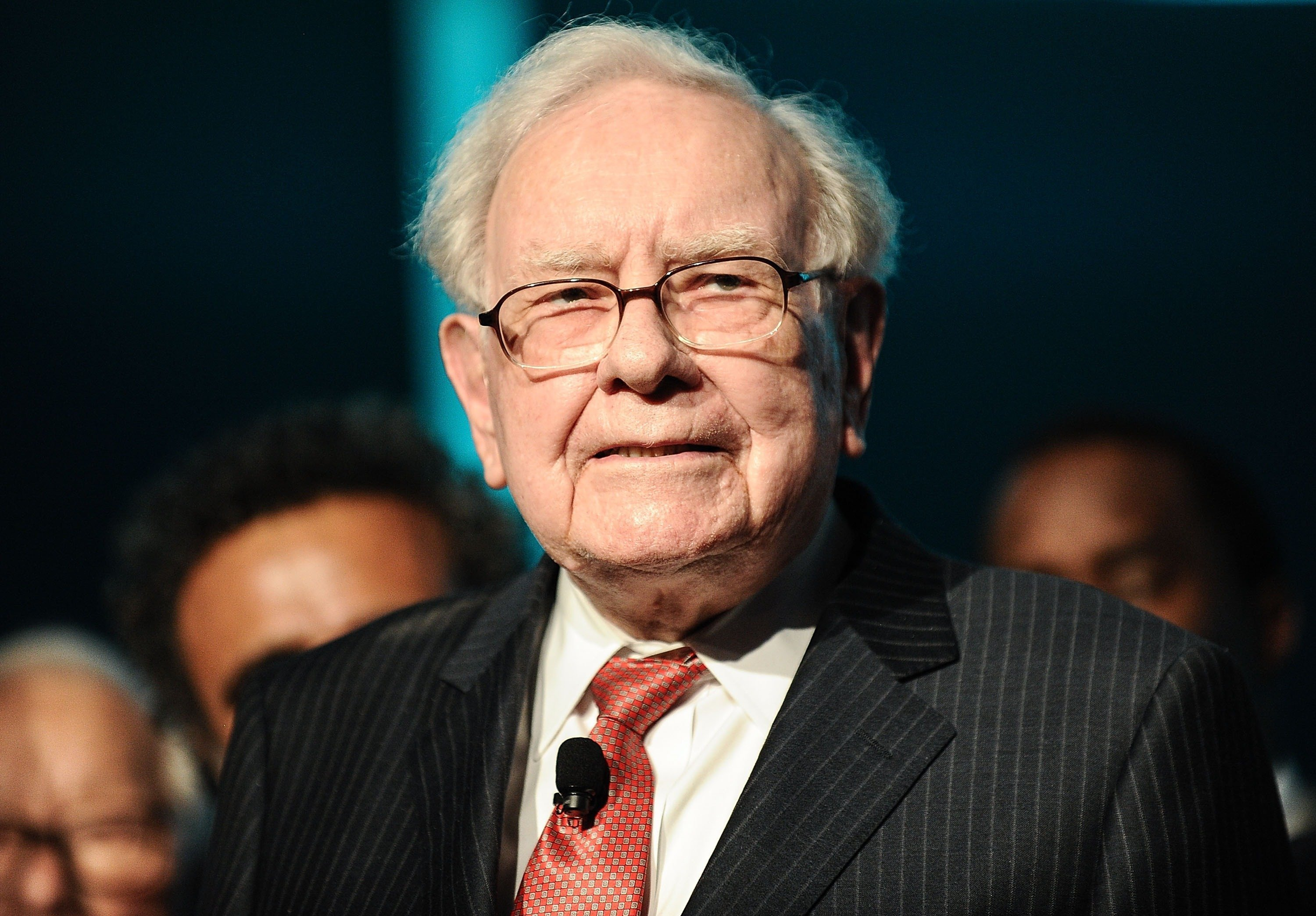 Famed investor Warren Buffett has urged states to stop relying on high-risk, high-fee alternative investments, which he calle