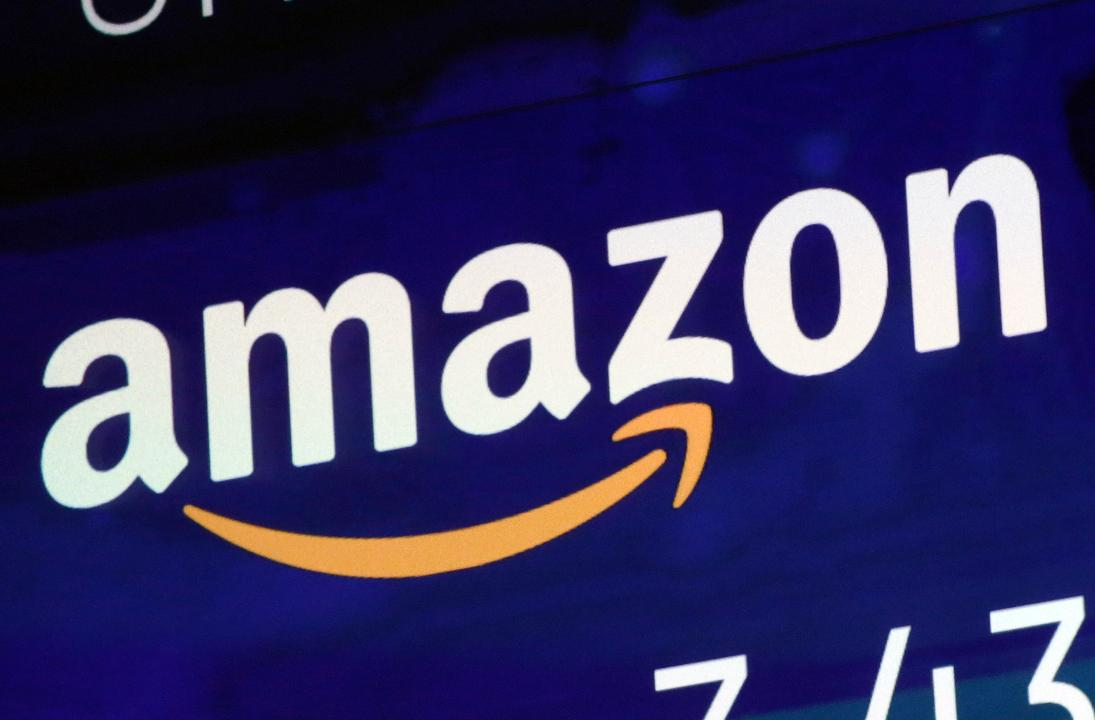 Surevest CEO Rob Luna and FBN's Kristina Partsinevelos on Amazon's strong first-quarter earnings, why investors should avoid Intel and Ford's earnings beat.