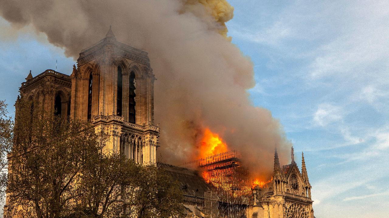 Inspectors check structural stability of Notre Dame towers