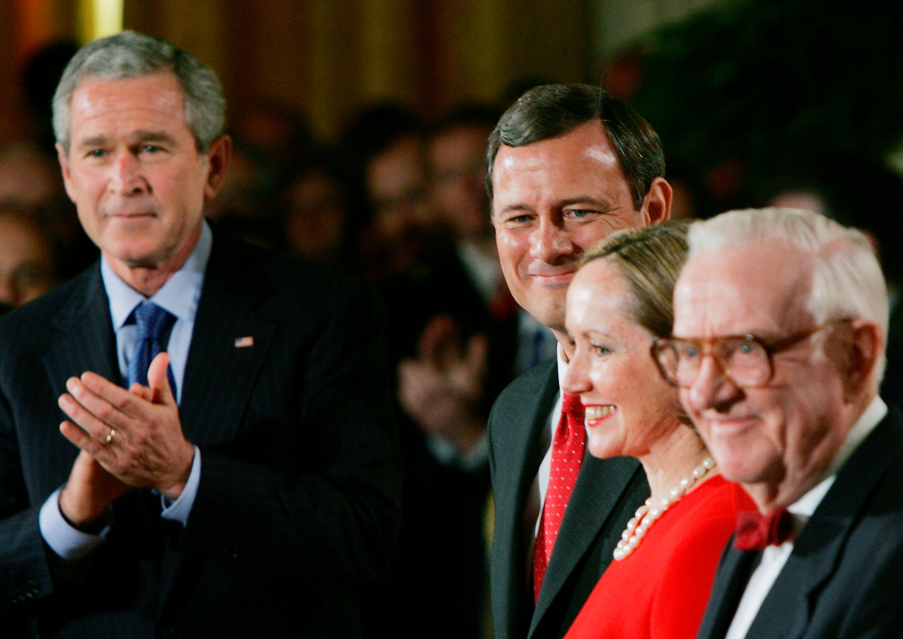 Stevens, then thesenior justice on the court, waits at the White House to swear in John Roberts as chief justice of the