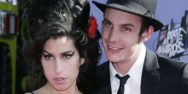 Amy Winehouse and Blake Civil-Fielder were 2008's worst tragi-couple, with Winehouse spinning out of control on drugs, crying that she would die while Blake was in jail, as Blake admitted to introducing her to crack cocaine.