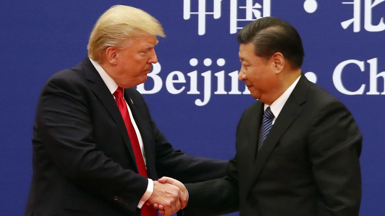 Former White House Trade Official Clete Willems on the Trump administration's trade negotiations with China, the future of USMCA, Sen. Elizabeth Warren unveiling her trade plan and the 2020 presidential race.