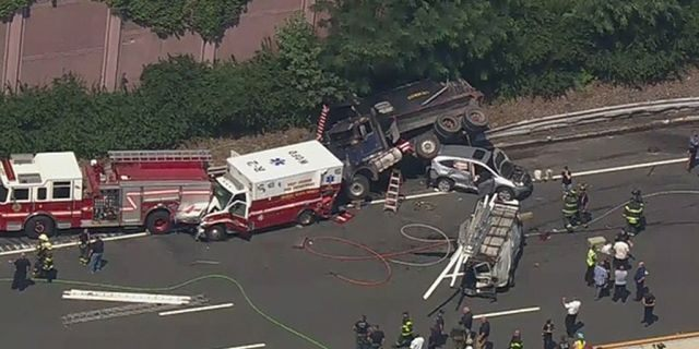 A total of 12 vehicles were reportedly involved in a massive wreck on Interstate 280 in New Jersey on Tuesday.