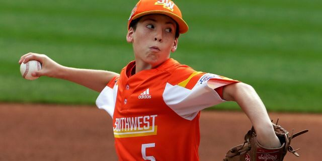 River Ridge, Louisiana's William Andrade delivers during the first inning of the United State Championship baseball game against Wailuku, Hawaii, at the Little League World Series tournament in South Williamsport, Pa., Saturday, Aug. 24, 2019. (Associated Press)