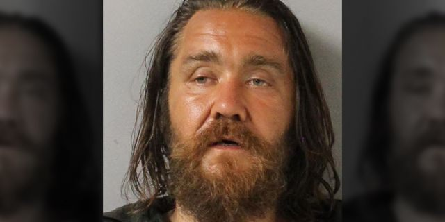 Eric Craig, 38, allegedly grabbed a 14-year-old girl on a Nashville street before the girl's father and some bystanders tackled him, police said.
