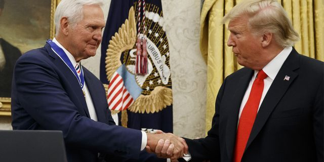 President Trump shaking hands with Jerry West at the White House. (AP Photo/Alex Brandon)