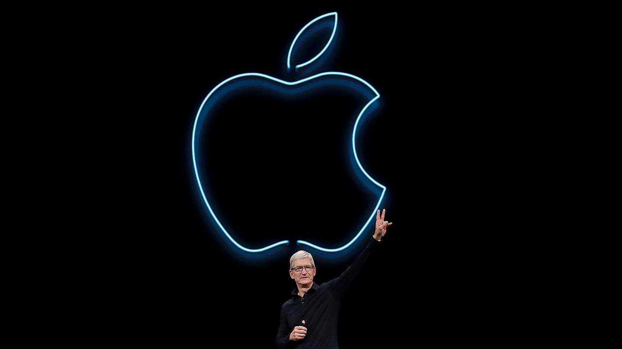 Apple unveils new privacy features, a brand new laptop and says goodbye to iTunes