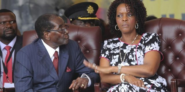 Zimbabwean President Robert Mugabe and his wife Grace during his birthday celebrations in Masvingo on Feb, 27, 2016.