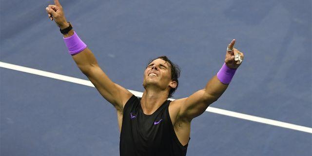 Rafael Nadal celebrating after he beat Daniil Medvedev in five sets.