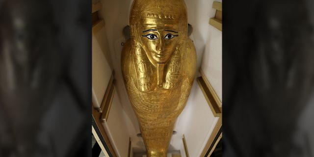 The Gold Coffin of Nedjemankh. (ICE)