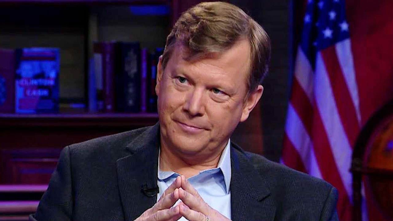 Peter Schweizer breaks down the timeline of Joe and Hunter Biden's Ukraine connections