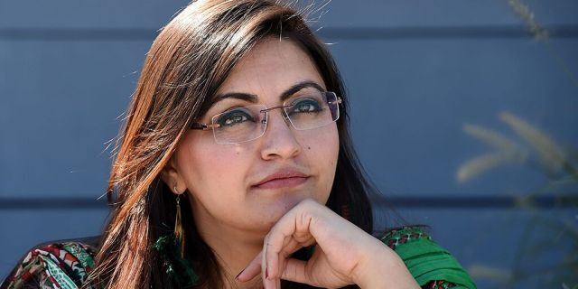 Pakistani dissident and feminist Gulalai Ismail poses during a photo session before an interview with the AFP in Washington, D.C.