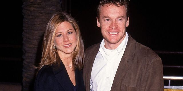 Jennifer Aniston dated actor Tate Donovan, but they broke up during his time filming on 'Friends.'