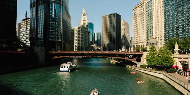 """A group of nine people were rescued from a boat on the Chicago RiverWednesday.<br data-cke-eol=""""1"""">"""