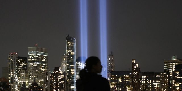 The annual Tribute in Light appears over lower Manhattan in New York City on September 11, 2017 as seen from Jersey City, New Jersey. (Photo by Gary Hershorn/Getty Images)
