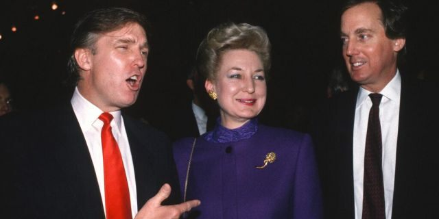 <br> ​​​​​Siblings Donald Trump, left, Maryanne Trump Barry and Robert Trump are seen at the Trump Taj Mahal in Atlantic City, N.J., in April 1990. (Getty Images)