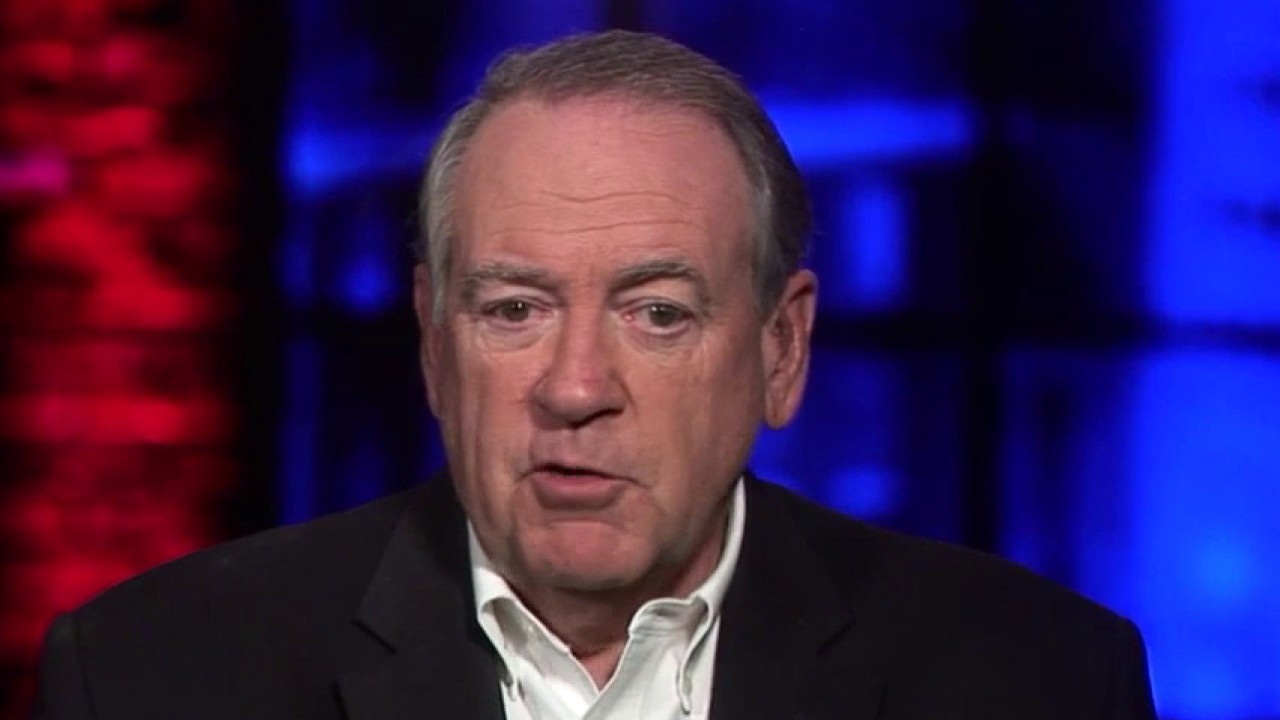 Mike Huckabee dismisses USPS concerns as 'diversionary tactic' by Democrats