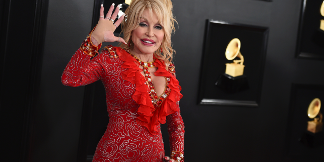 Dolly Parton arrives at the 61st annual Grammy Awards at the Staples Center in Los Angeles.