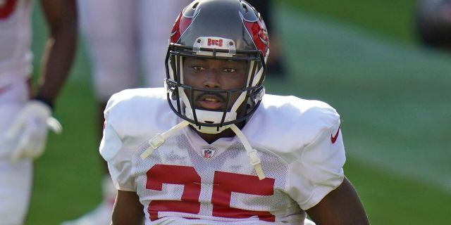 Tampa Bay Buccaneers running back LeSean McCoy (25) runs a route during an NFL football training camp practice Friday, Aug. 28, 2020, in Tampa, Fla. (AP Photo/Chris O'Meara)