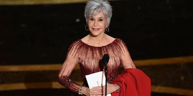 Jane Fonda presents the award for best picture at the Oscars on Sunday, Feb. 9, 2020, at the Dolby Theatre in Los Angeles