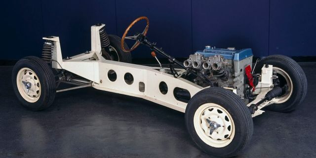 The Elan featured a steel backbone chassis.