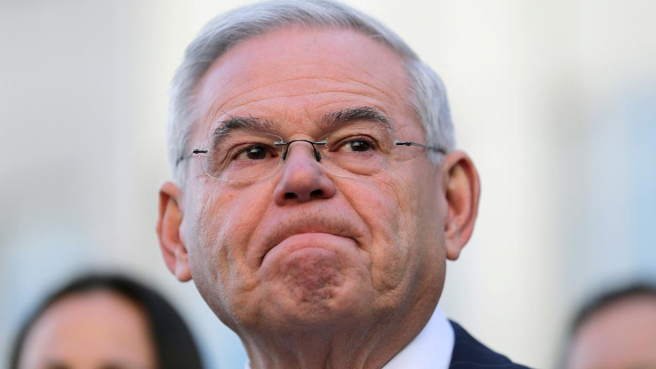 Menendez bribery trial ends with a hung jury