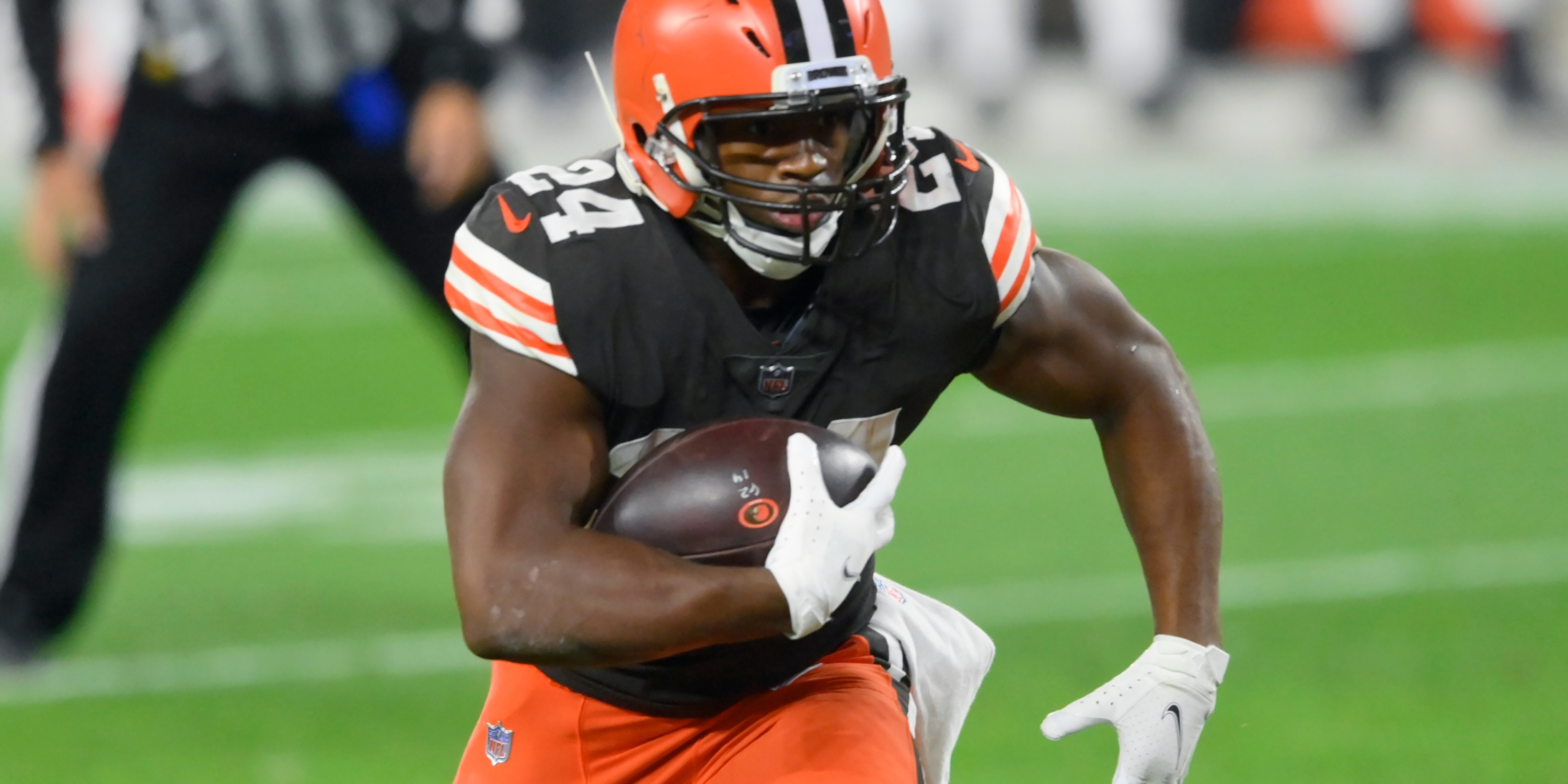 FILE - Cleveland Browns running back Nick Chubb runs with the ball in the first quarter of an NFL football game against the Cincinnati Bengals in Cleveland, in this Thursday, Sept. 17, 2020, file photo. (AP Photo/David Richard, File)