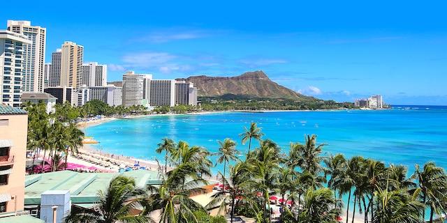 Waikiki Beach Honolulu, Hawaii. (iStock).