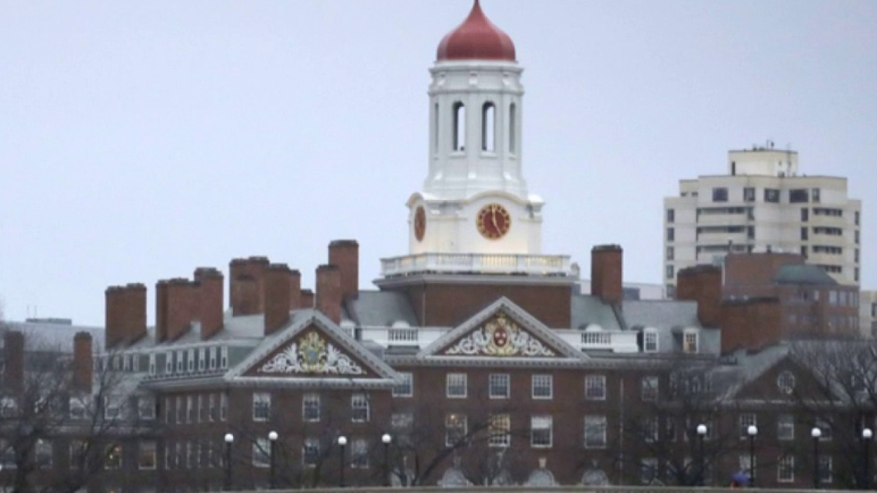 Harvard students push to ban Trump White House officials from campus