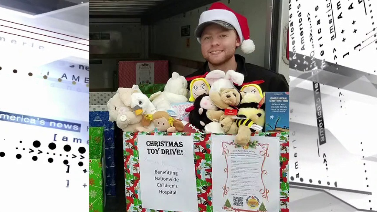 Brother-sister team bring Christmas cheer amid pandemic with annual toy drive