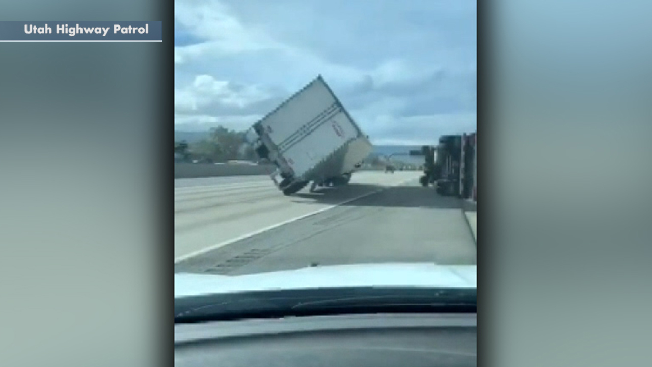 Hurricane-force winds topple several trucks on Utah highway