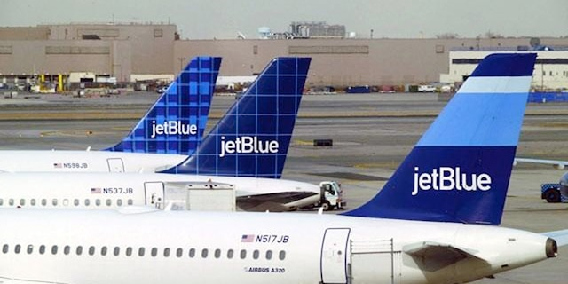 There are currently more than 10 aggregator and online travel agency sites that do include JetBlue fares in their comparison listings with other airlines.