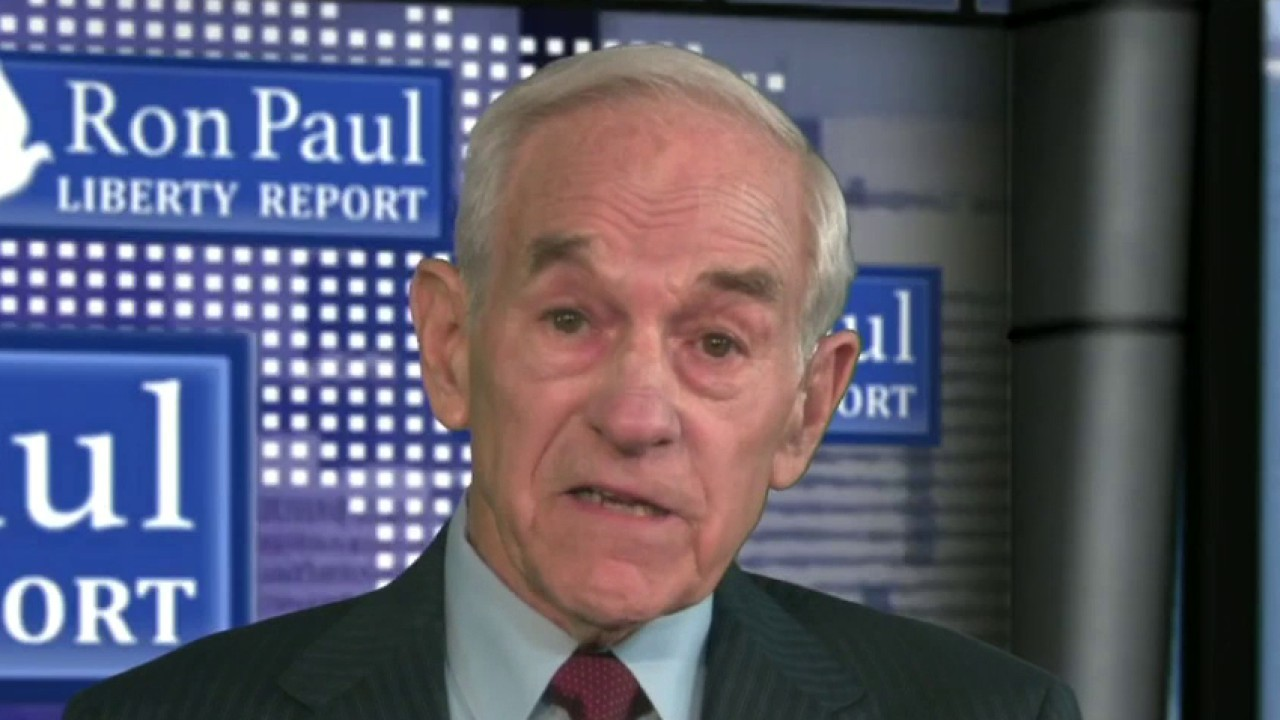 Ron Paul says Facebook blocked him from managing his account