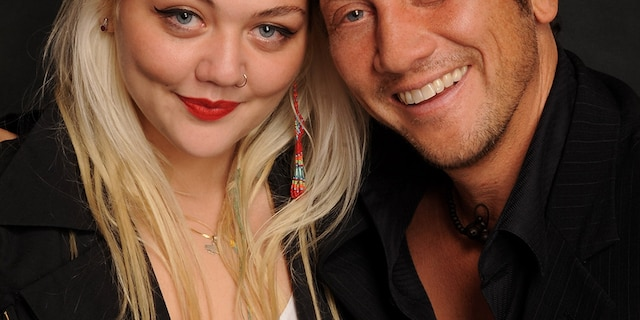 Musician Elle King (L) and her father, comedian Rob Schneider.