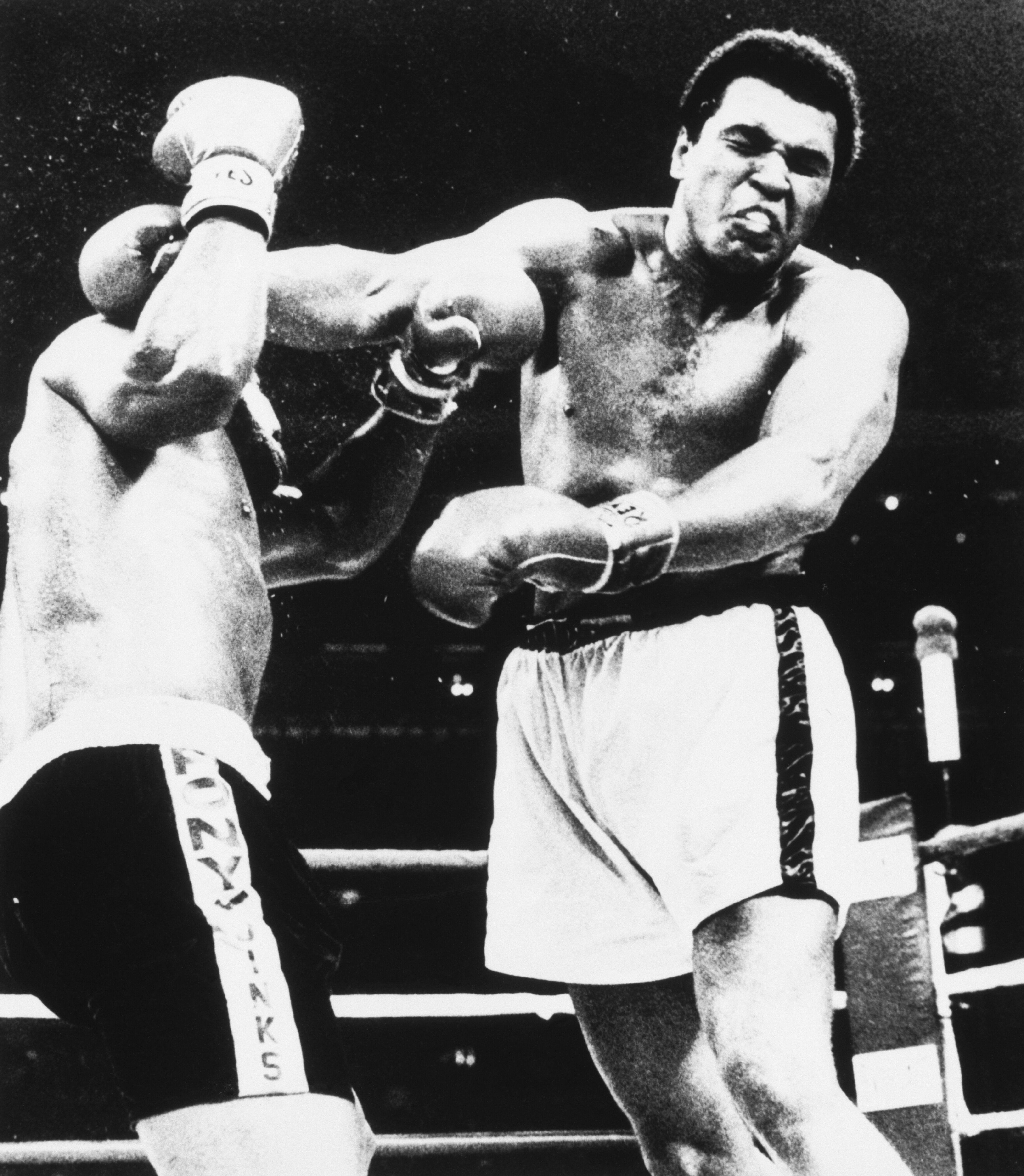 Leon Spinks fighting Mohammed Ali.