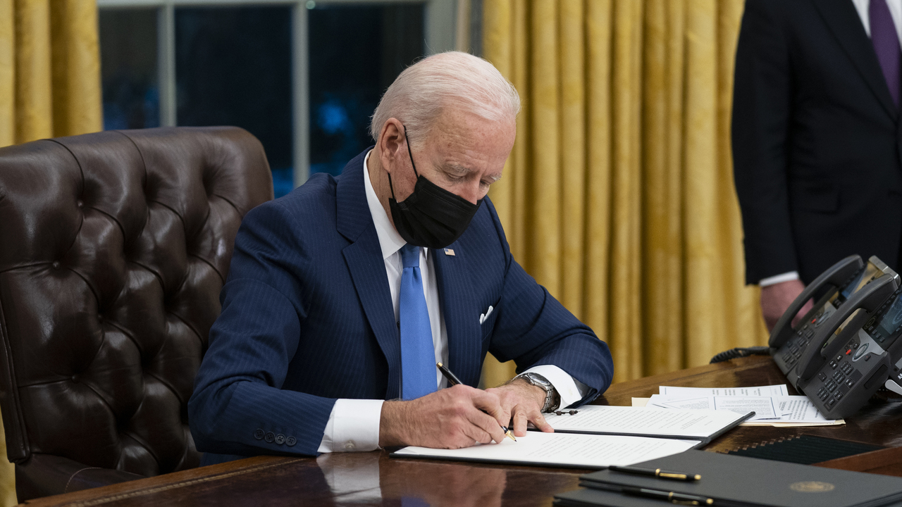 Biden administration plans to curb arrests, deportations