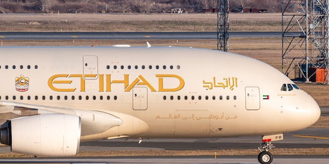 Etihad Airways worked with the United Arab Emirates government to become an approved COVID-19 vaccination clinic, which supported its coronavirus vaccination efforts among staff. (iStock)