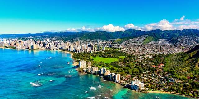 Hawaii will allow travelers to avoid a 10-day quarantine if they get a negative coronavirus test within 72 hours before their trip and they register their results on CLEAR's Health Pass. (iStock)