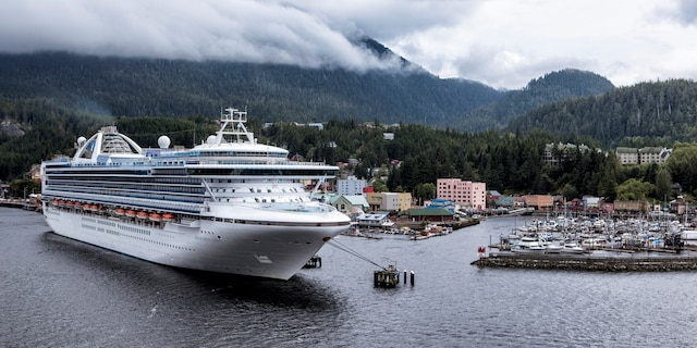 Cruises play a major role in the Alaskan tourism industry. (iStock)