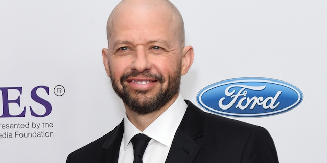 Actor Jon Cryer has a new mission — help fix homelessness in Los Angeles by building tiny homes.(Photo by Presley Ann/WireImage)