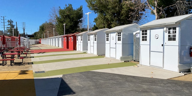 A California homelessness organization is building tiny homes as an innovative, affordable and scalable solution to the humanitarian crisis: a bridge between the streets and permanent housing. (Hope Of The Valley)
