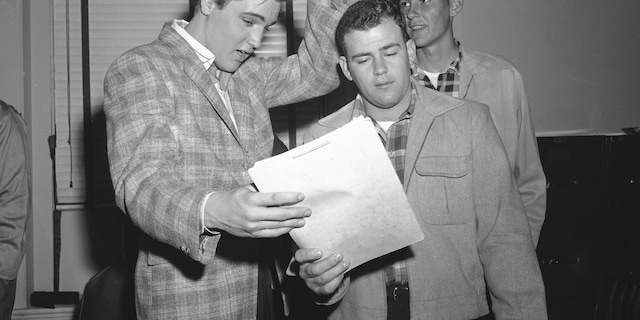 Elvis Presley (AP Photo/Fred J. Griffith)