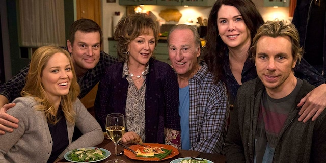 'Parenthood' cast (left to right): Erika Christensen, Peter Krause, Bonnie Bedelia, Craig T. Nelson, Lauren Graham and Dax Shepard.