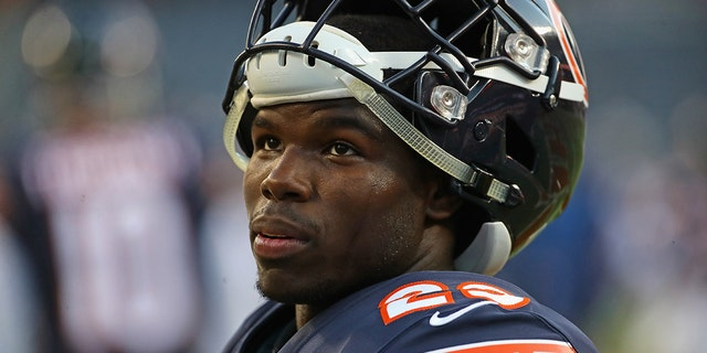 Tarik Cohen #29 of the Chicago Bears participates in warm-ups before a preseason game against the Buffalo Bills at Soldier Field on August 30, 2018 in Chicago, Illinois.