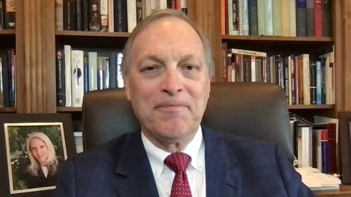 Rep. Biggs: Migrant influx at southern border is 'beyond a crisis'