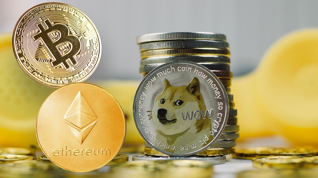 Director of research at D.A. Davidson Gil Luria comments on the state of crypto and Dogecoin nose dive.