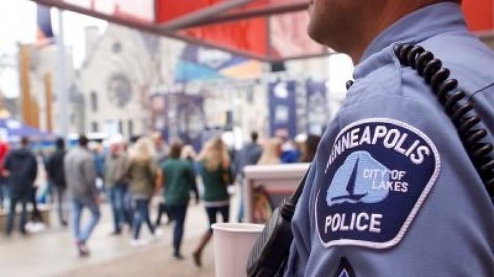 Minneapolis police leaving in droves