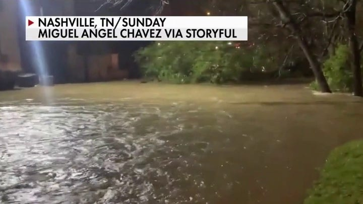 Nashville flash flooding kills at last four