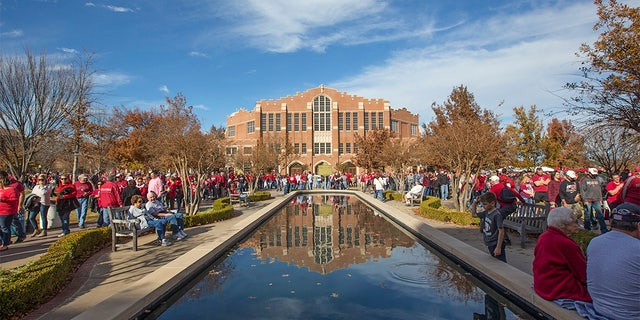 Oklahoma Sooners Campus during the Oklahoma Sooners game against the West Virginia Mountaineers on November 25, 2017 at Gaylord Memorial Stadium in Norman, OK.